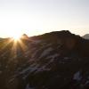 Pizz Gallagiun - Gipfelsilhouette bei Sonnenaufgang